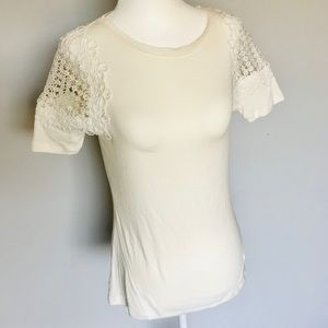 Elite Tahari Lace Crochet Sleeves White Tee Blouse